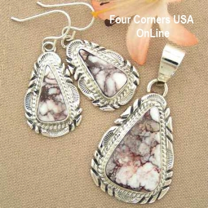 Wild Horse Magnesite at Four Corners USA OnLine Native American Jewelry
